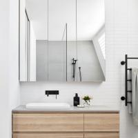 Farifield1_bathroom